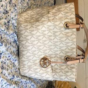 Never used Michael Kors handbag